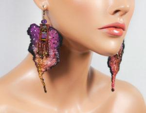 bo-feuille-feutre-ruban-violet