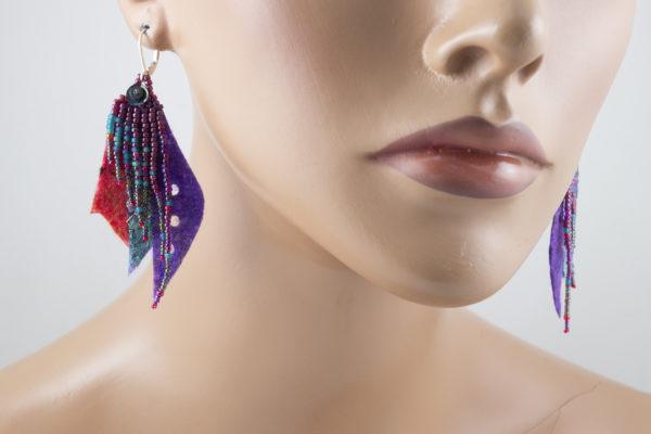 Boucles d'oreilles feuille rocailles violet turquoise rouge
