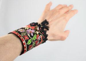 bracelet manchette Ruban jacquard Licorne broderie Noir-Rouge