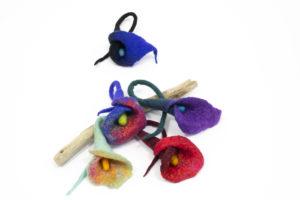 broche fleur Arum laine feutrée