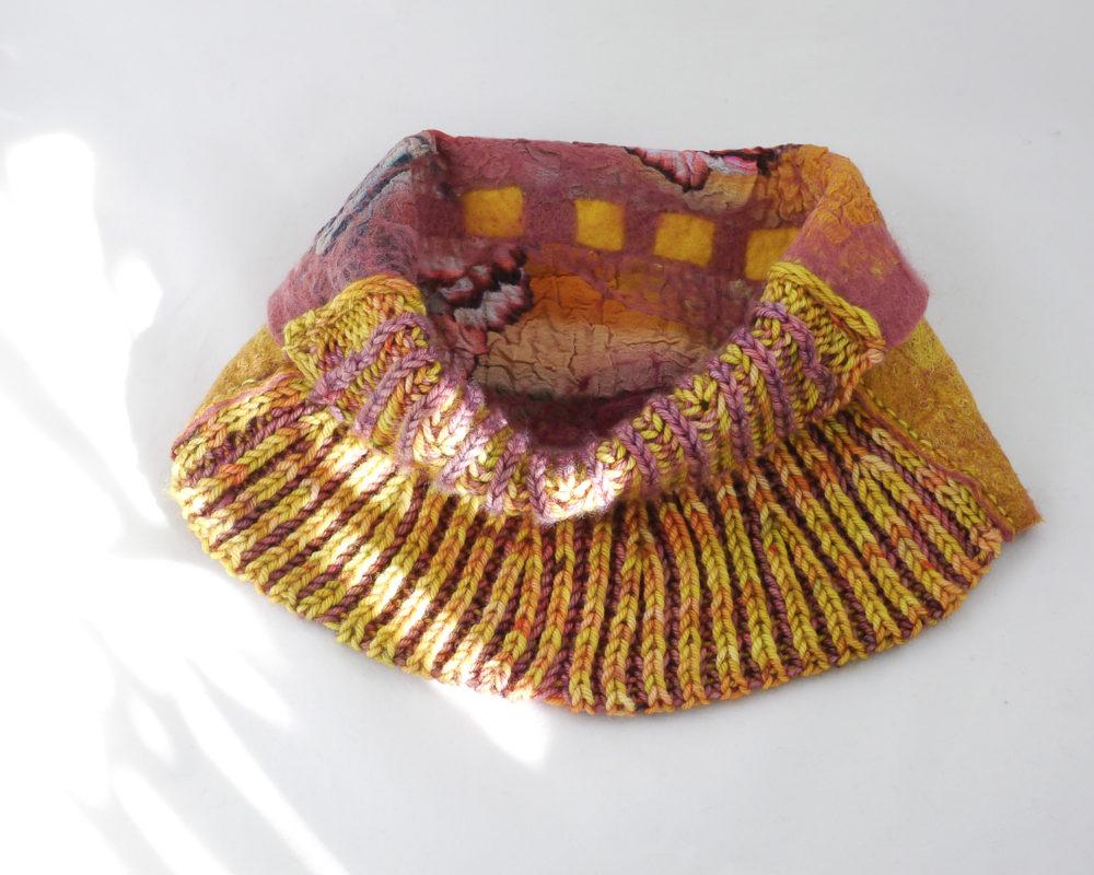 col feutre tricot brioche jaune rose