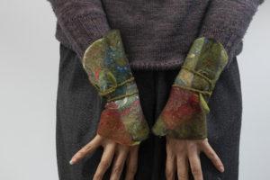 manchettes à enrouler laine-feutrée et soie kaki