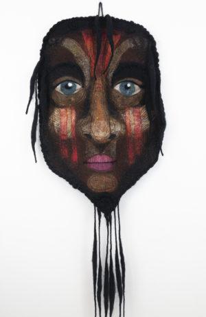 Masque décoration murale textile laine feutre brodée marron