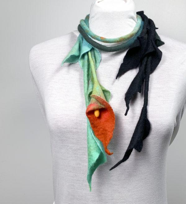 sautoir vegetal collier laine feutrée noir turquoise-1arum-orange-9